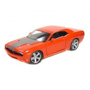 Maisto 1:18 Metallic Scale Orange 2006 Dodge Challenger Concept