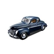 Maisto 1:18 Scale Ford Deluxe Coupe 39 Model Car (Blue)