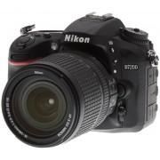 Nikon D7200 + 18-140VR Lens