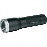 Lanterna LED LENSER M14X 650lm raza luminoasa 280m