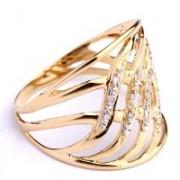 Anel Trabalhado em Ouro Amarelo, Ouro Branco com 12 Diamantes de Meio Ponto Cada