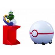 TOMY Pokémon Catch N Return Pokeball - Tornadus/Premier Ball