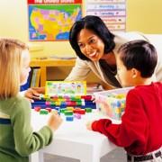 Domino pentru construit propozitii
