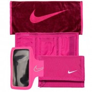 Toalha Sports Towel - 38cm x 80cm +Lightweight Arm Band 2.0 - Braçadeira para Iphone 6/6S + Carteira Nike Basic Wallet - Nike .