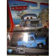 Cars 2 Disney Pixar 1/55 Ème : N° 43 Otis