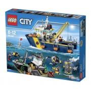 City - Le Bateau d'exploration - 60095