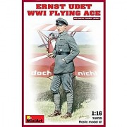 Miniart 16030 1/16 Ernst Udet. WWI Flying Ace