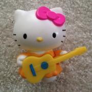 Hello Kitty Avec Guitare, Mac Do 2014