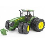 Bruder traktor John Deere 7930 sa duplim točkovima