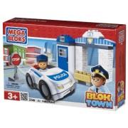 Mega Bloks Blok Town Police Patrol Buildable Playset