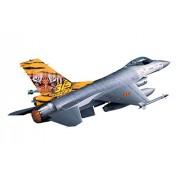 Revell 03971 - Lockheed Martin F-16 MLU Tiger Meet Kit di Modello, in Plastica, in Scala 1:144