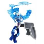 Batman - Ice Strike Mr. Freeze, figura Deluxe de acción (Mattel BHC82)