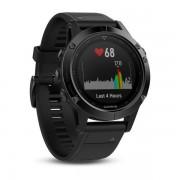 Garmin Fenix 5 Sapphire - Мултиспорт GPS спортен часовник със сапфирена леща (черен с черна каишка)