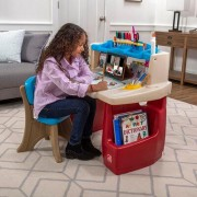 Step2 Deluxe Art Master Desk 702500