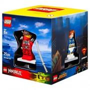 Lego 4 Minifigures Boxed Giftset Cube 2015 Superheroes, Chima, Ninjago, And City Themes