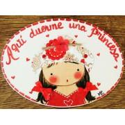 Placa para puerta niña vestido rojo sombrero flores