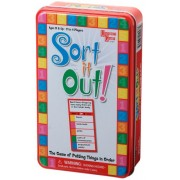 Sort it Out juego de cartas en una lata
