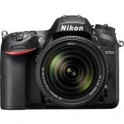 Nikon d7200 + 18-140mm vr - manuale in italiano - 2 anni di garanzia