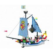 Jucarie tip lego Nava de Razboi Roiala Corsair Series 305