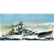 Blucher Battleship 1/720 Revell Germany