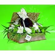 Aranjament floral în cutie tip carte