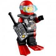 Мини фигурка LEGO Scuba Diver, Male - Мъж водолаз с уоки токи City 60095