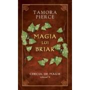 Magia lui Briar, Cercul de magie, Vol. 4