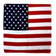 Chusta bandana w kolorach flagi USA.