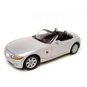 BMW Z4 SILVER 1:18 SCALE DIECAST MODEL