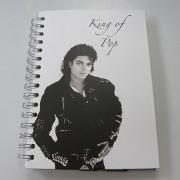 Michael Jackson spirálfüzet