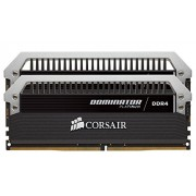 Corsair CMD32GX4M2A2666C15 Dominator Platinum Memoria per Desktop di Livello Enthusiast da 32 GB (2x16 GB), DDR4, 2666 MHz, con Supporto XMP 2.0, Nero