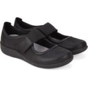 Clarks Sillian Cala Black Synthetic Outdoors(Black)