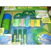 Animal Planet Mold Me Bath Activity Set with Floating Work Station
