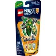 Set de constructie Lego Ultimate Aaron