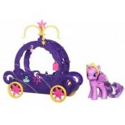 Figurina Hasbro My Little Pony Ponei Cadance Si Caleasca