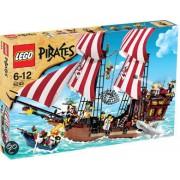 LEGO Pirates Schip van Blokbaard - 6243