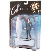 The X-Files 1998 Series One Fight the Future 5-1/2 Inch Tall Ultra Action Figure - Agent Dana Scully with Cellular Phone