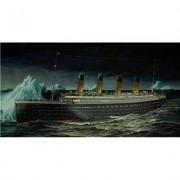 Revell 05206 - Maqueta del Titanic (escala 1:400)