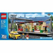 Lego City Trains Train Station Includes 5 Minifigures: Conductor, Chef, Taxi Driver And 2 Travelers