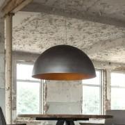 LUMZ Hanglamp met zwarte kap met een gouden binnenkant