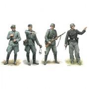 Dragon Models Operation Marita Greece 1941 Model Kit (4 Figures Set) (1/35 Scale)