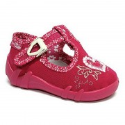 Pantofi fetite cu catarama, din material textil, fuchsia, cu inimioara brodata