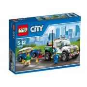 LEGO® City Camionetă de remorcare 60081