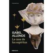 La Casa De Los Espiritus by Isabel Allende