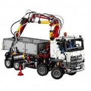 Technic - Mercedes-Benz Arocs 3245