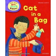 Oxford Reading Tree Read with Biff, Chip, and Kipper: Phonics: Level 2: Cat in a Bag by Roderick Hunt