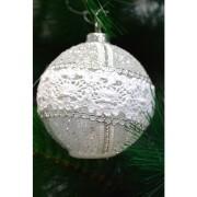 Glob argintiu cu luminite si dantela