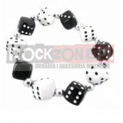Bransoletka - czarno białe kości do gry