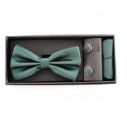 Accesorii elegante pentru barbati in nunata de verde