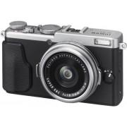 Aparat foto Fujifilm X70 argintiu